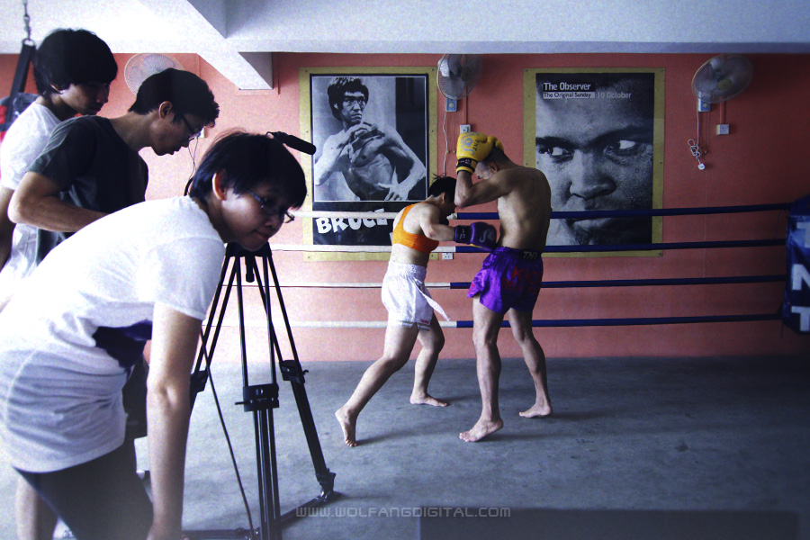 Lights, camera, FIGHT! We filmed two sets of each fight scene. One in 200 fps, the other in 25 fps (actual speed).