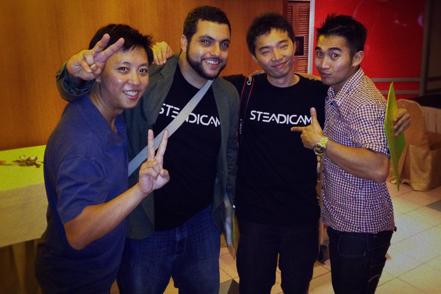 Some of the friends I made; Anwar (Oman), Jason (Singapore), Vip (Australia). It's an international gathering!