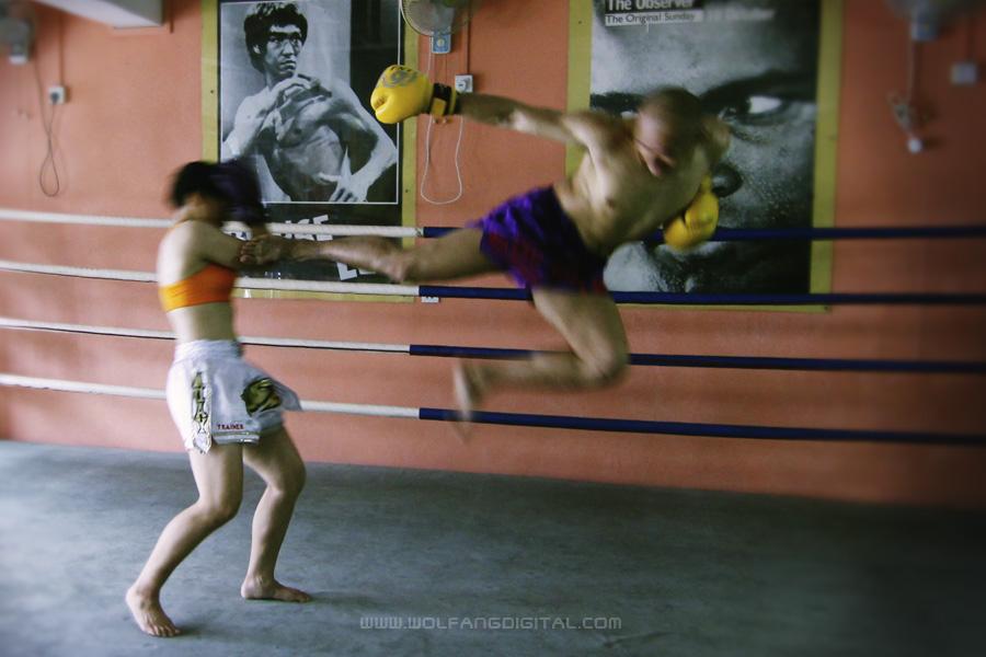 fs700-kickboxing-feat
