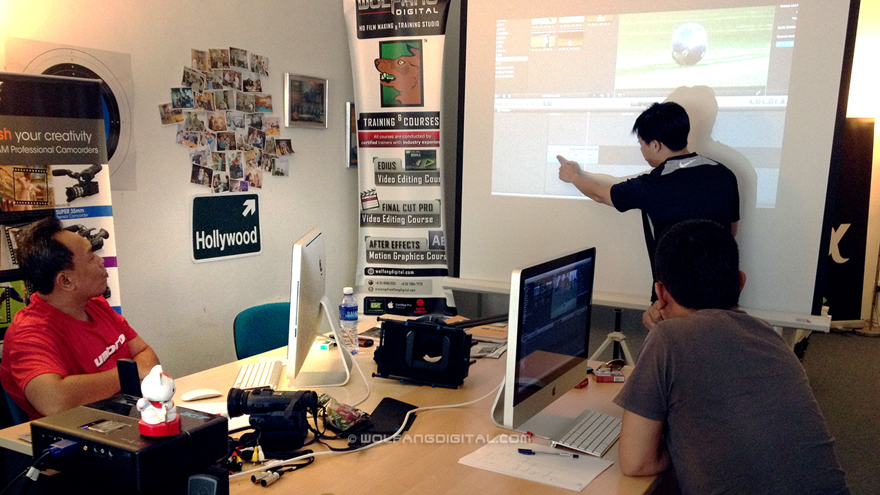 Conducting FCP X video editing course for Al Jazeera