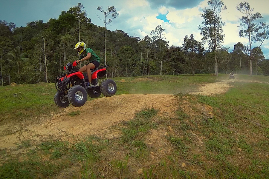 Aerial filming- chasing a speeding all terrain vehicle with a drone