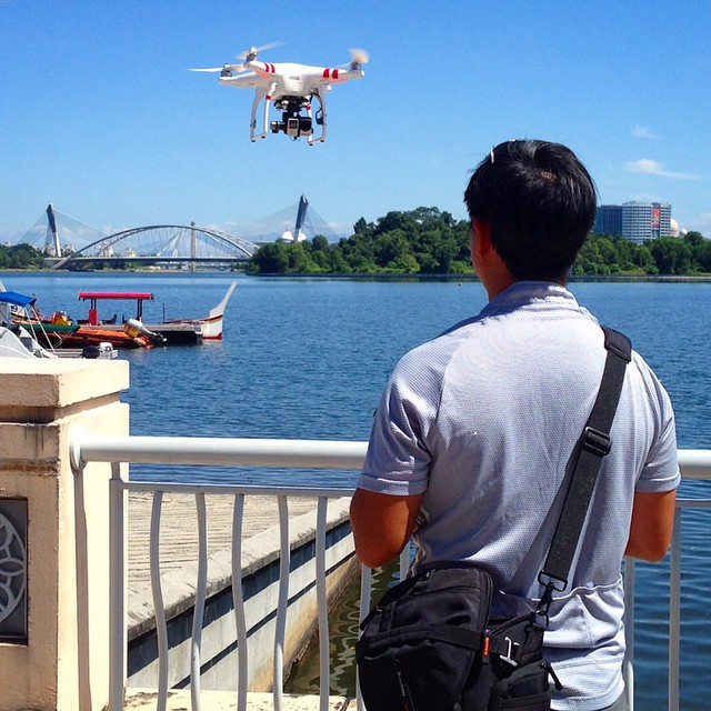 Busy year ahead! Flying a few tests over the marina to film aerials for tomorrow's dragon boat race then off to setup the Steadicam for a live TV show #aerialvideo #aerialvideos #gopro #goprohero4 #drone #phantom2 #aerialshots #droneoftheday #dronelife #hero4 #djiglobal #Quadcopter #djicreator #goprouniverse #multirotor #uav #uas