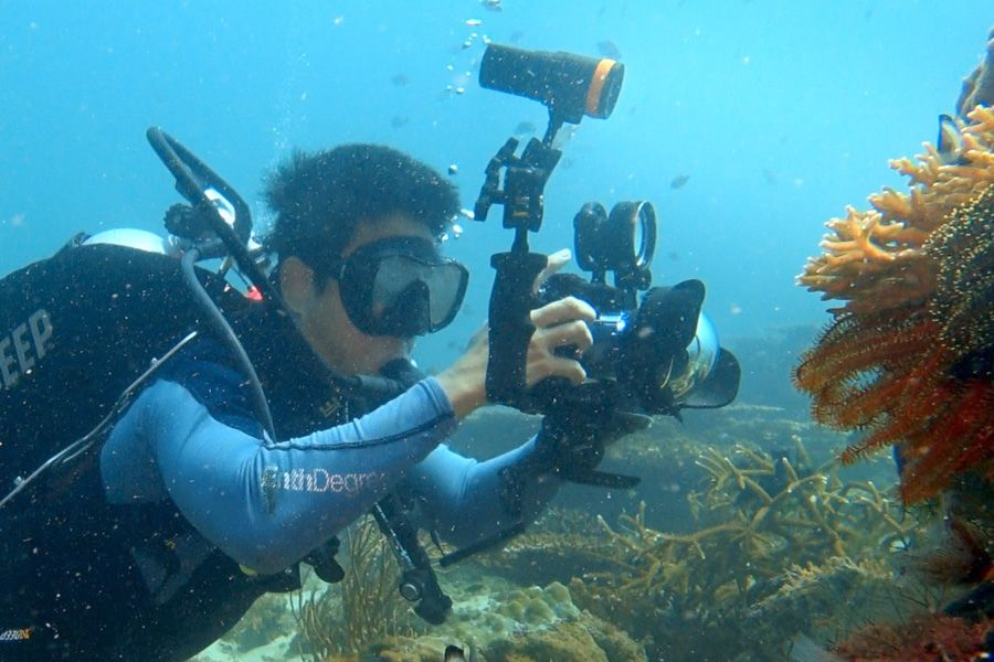 Underwater Video shooting by WolFang Digital