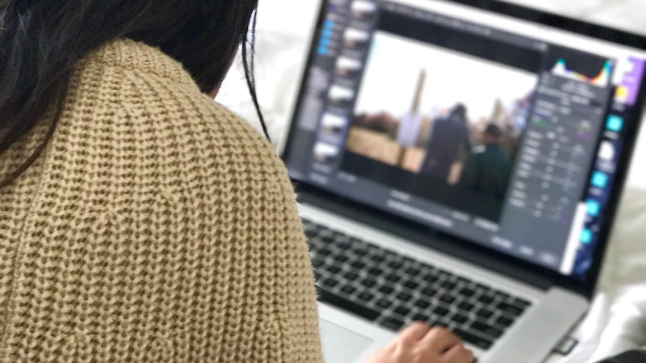 Learn to edit photos with Adobe Photoshop by WolFang Digital